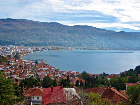 Почивка Майски празници в Охрид, 5-7 май, автобусна програма от София.