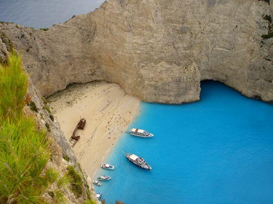 Почивка Остров Закинтос Лято 2018, всяка събота от 25.08 до 22.09, чартърна програма от София. Ранни записвания!