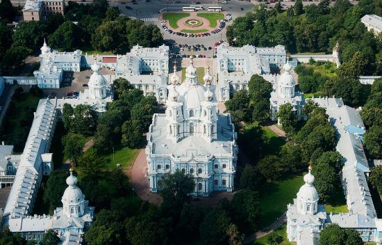 Почивка Класически Санкт Петербург, 15-19 август, самолетна екскурзия от София. 4 нощувки!