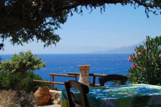 Почивка Остров Крит Пролет 2021, Дати: 30.04, 03.05 и 06.05, чартърна програма от София. Включен в цената PCR тест за записвания до 31.12!