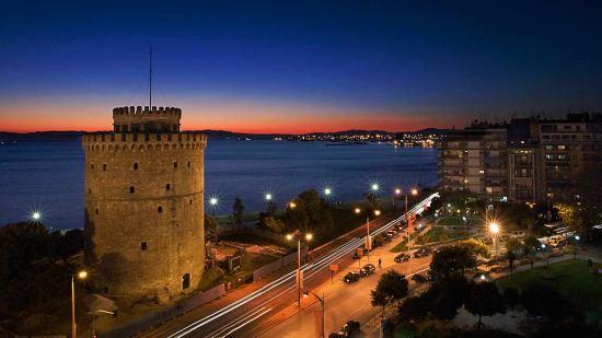 Почивка Нова година в Солун 29.12-01.01, пакетни оферти за 3 нощувки, автобусна програма