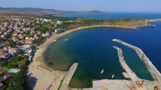 Почивка Хотели в Черноморец