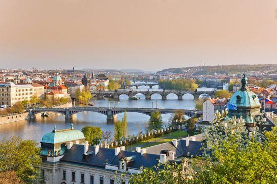 Почивка 4-7 септември в Златна Прага, самолетна екскурзия от София. Потвърдена програма!