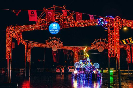 Почивка Нова година в Анталия (Алания-Сиде-Белек-Лара). Дати: 28.12-01.01, самолетна програма от София
