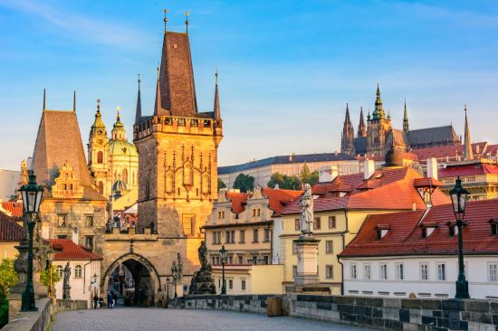 Почивка Карлови Вари - Чешки замъци - Златна Прага, 25-30 август, самолетна екскурзия
